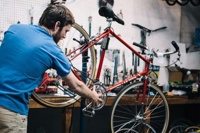 redni servis kolesa
